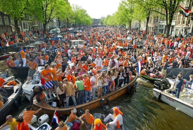 queensday_2011_canal_721